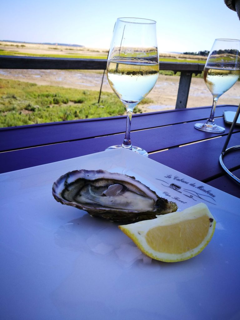 oysters in Cap Ferret