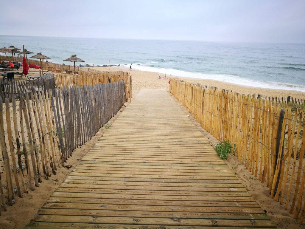 Lacanau-Ocean - surfing beach near Bordeaux