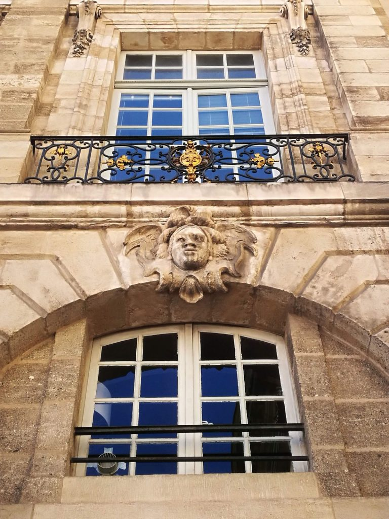 Mascaron in Bordeaux