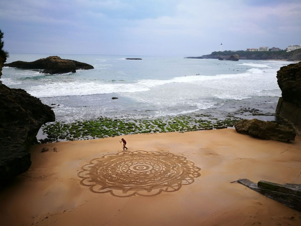 Beach art Biarritz