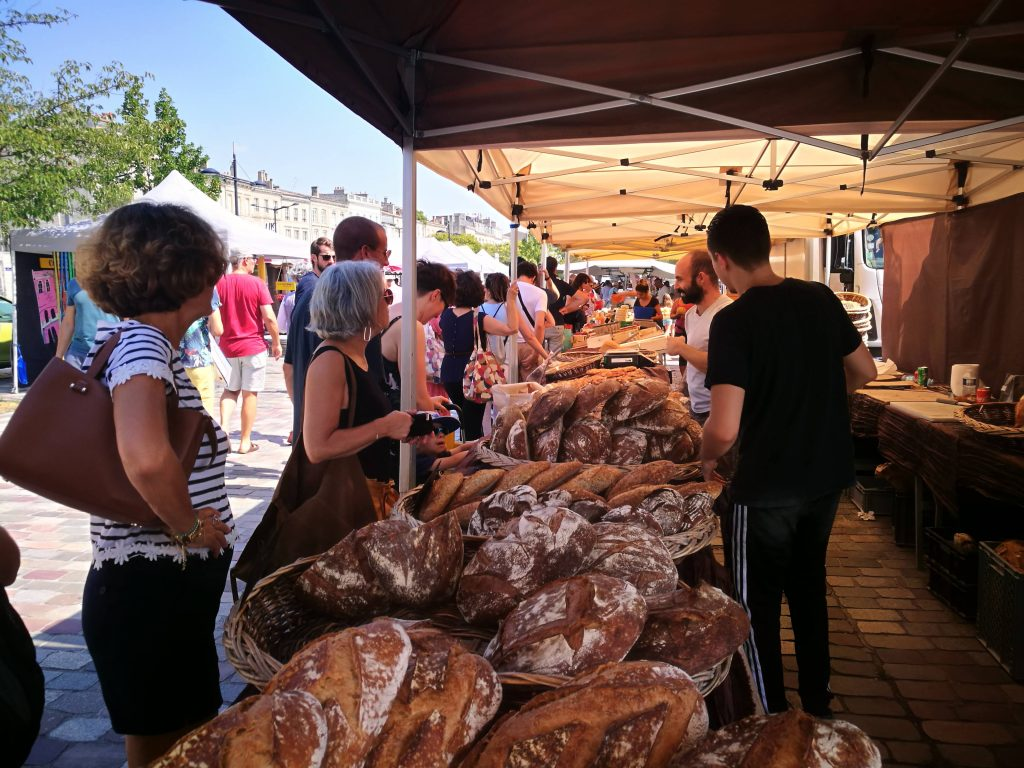 Sunday market in Bordeaux