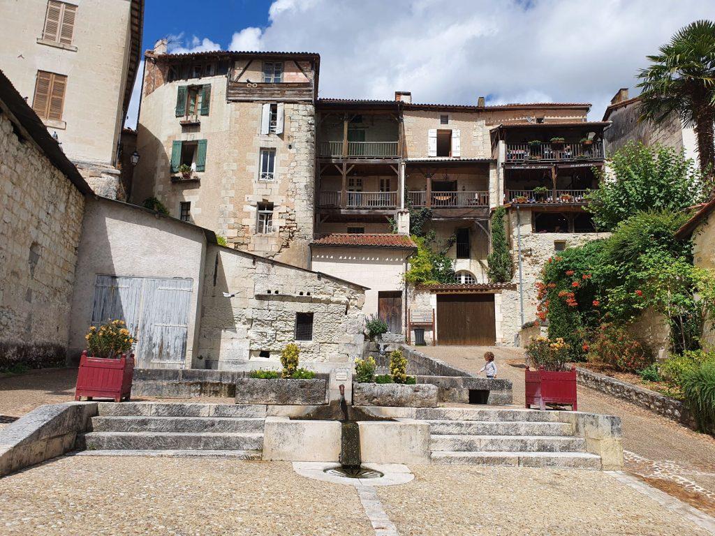 Place Merkes Merval - Aubeterre sur Dronne