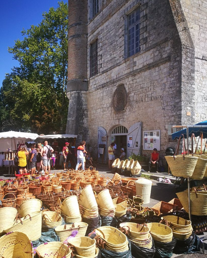 Issigeac - one of the best markets in Dordogne