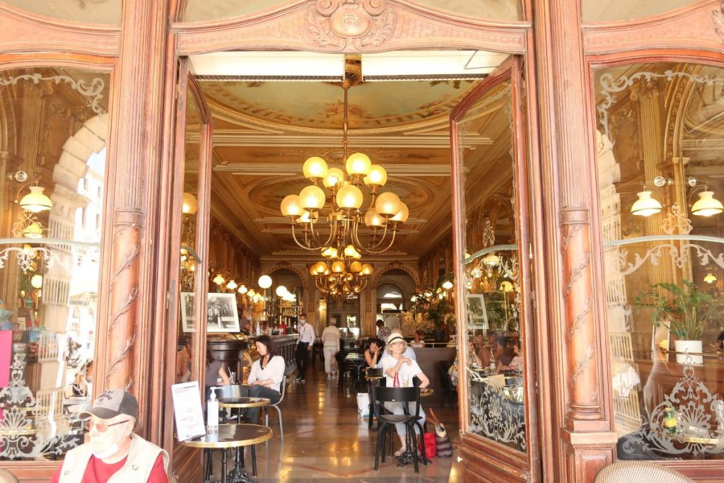 Cafe de la Paix - La Rochelle